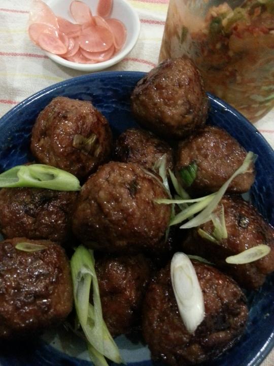 MissFoodFairy's Japanese-inspired meatballs with kimchi & radish