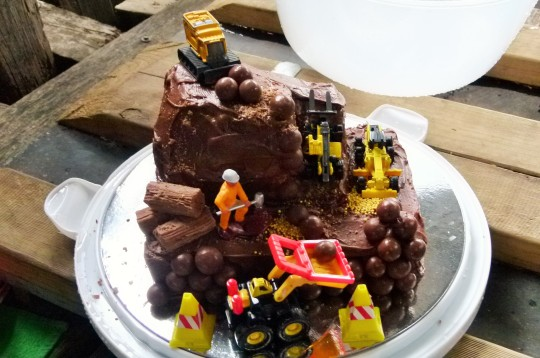 MissFoodFairy's nephews 3rd b'day Digger cake