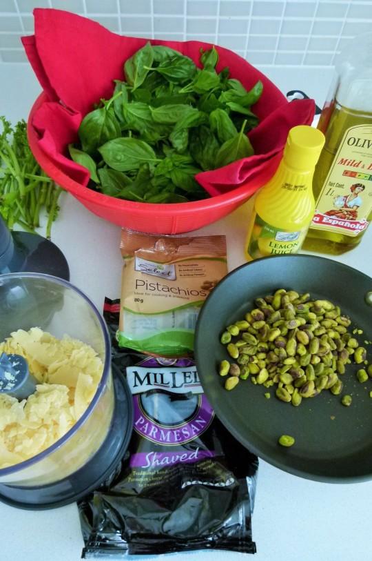 MissFoodFairy's Basil&pistachio pesto ingredients