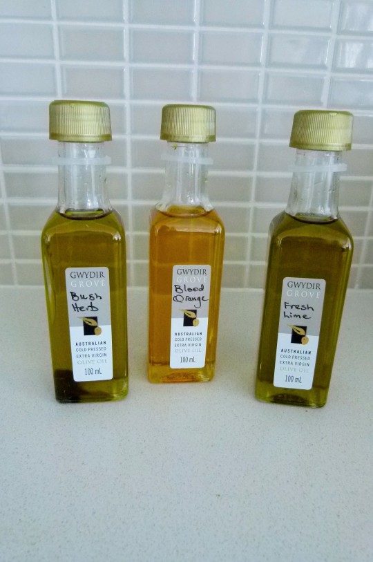 MissFoodFairy's sampl oils from food show
