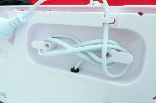 MissFoodFairy's vacuum food sealer power cord & bottom