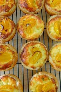 a.MissFoodFairy's ricotta& cherrytomato mini tart baked
