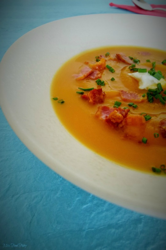 @MissFoodFairy roast pumpkin & bacon crouton soup #5