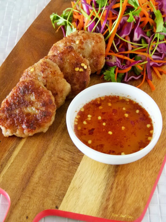 Asian chicken patties with Asian slaw | Asian recipe | @MissFoodFairy