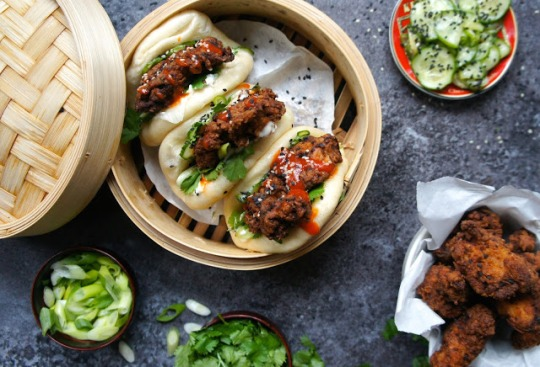 Notes of bacon Gua bao with spicy fried chicken recipe