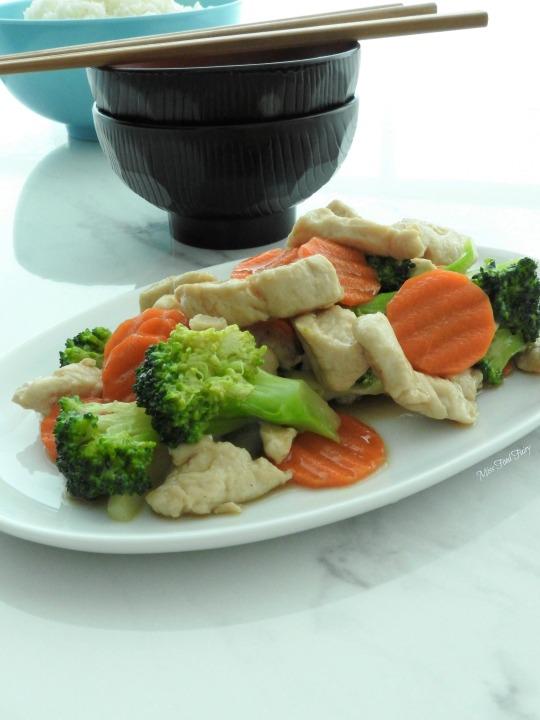 Chicken broccoli carrot stirfry #5 @MissFoodFairy