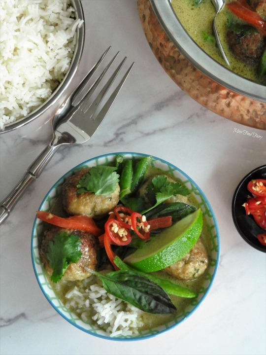 thai-meatball-green-curry-4-missfoodfairy