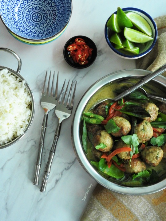 thai-meatball-green-curry-6-missfoodfairy