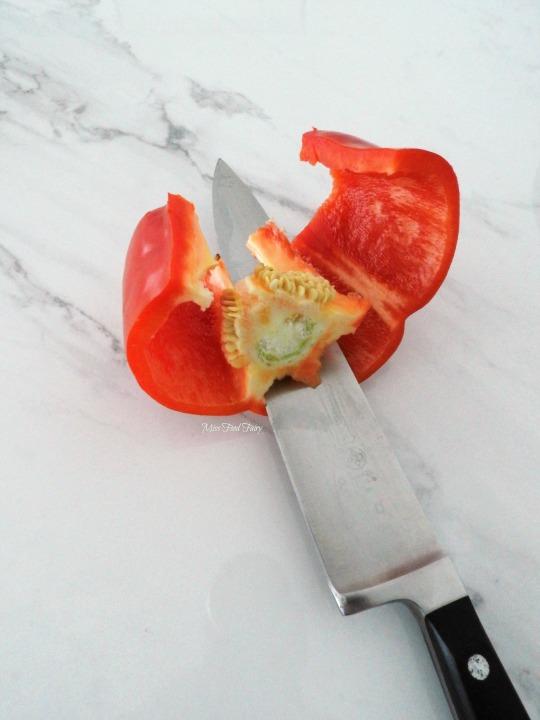 slicing-capsicum-4-missfoodfairy
