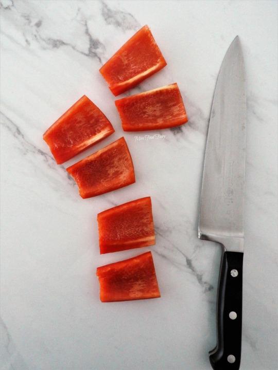 slicing-capsicum-6-missfoodfairy