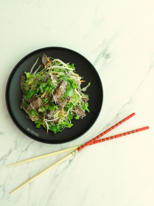 asian-beef-noodle-salad-bowls-10-missfoodfairy