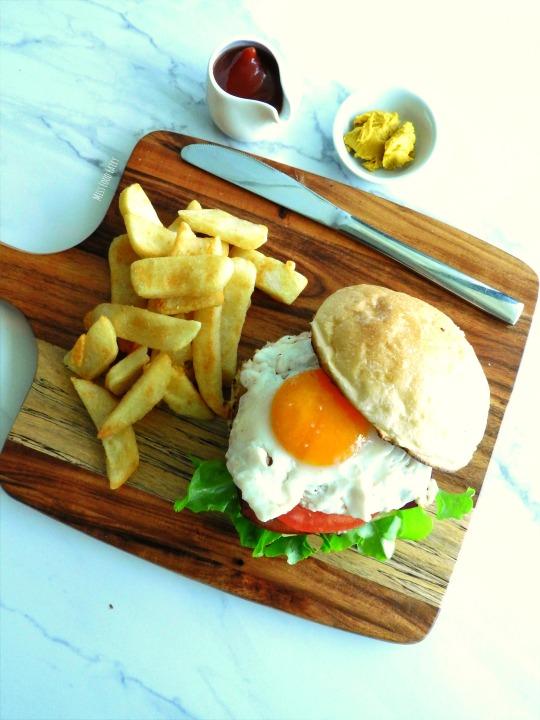 a. The best Aussie Burger #2 Miss Food Fairy.JPG